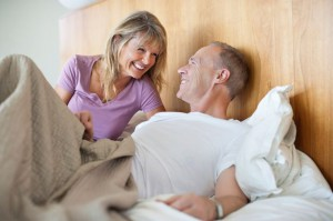 Couple+in+bed
